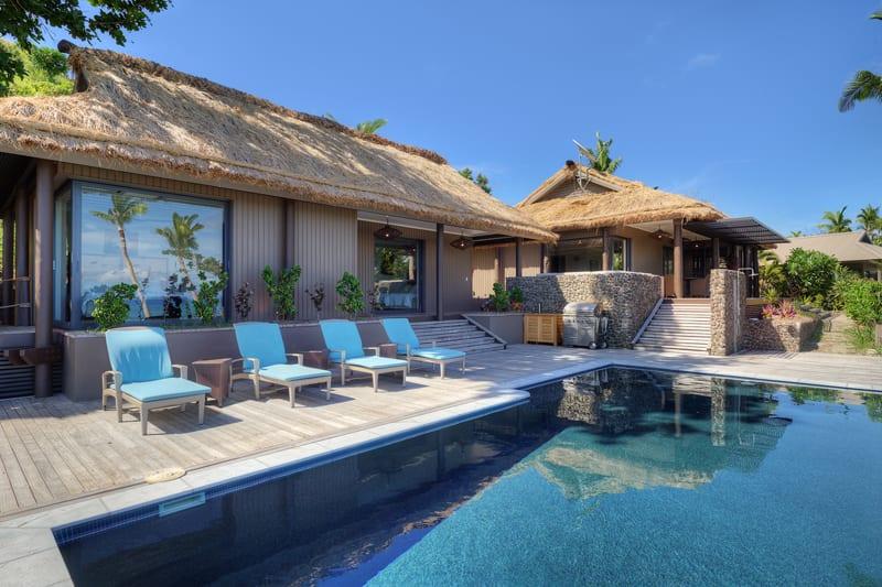 vomo fiji accommodation royal pool