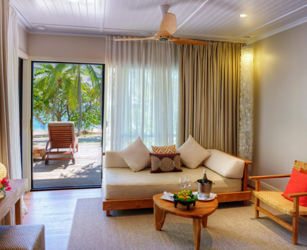 VOMO Island Resort – Beachfront Villa