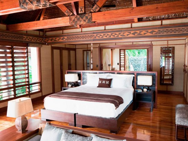 likuliku-lagoon-resort-fiji-beachfront-bure-bedroom