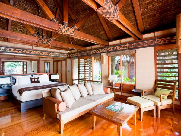 likuliku-lagoon-resort-fiji-beachfront-bure-interior