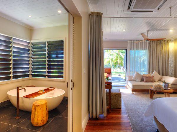 VOMO Island Resort – Beachfront Villas